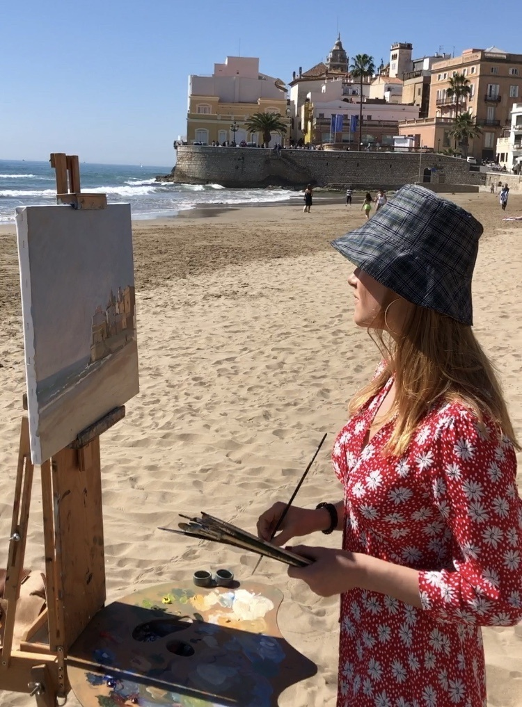 Painting on the beach in Sitges